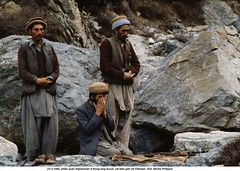 0000173937-004 (ngao5) Tags: pakistan people mountain afghanistan male men reading asia adult military muslim islam religion praying group few centralasia groupofpeople guerrilla southasia afghani midadult midadultman smallgroupofpeople mujahideen indiansubcontinent easternasian chitralvalley asianandindianethnicities khyberpakhtunkhwa centralasianculture centralasianethnicity