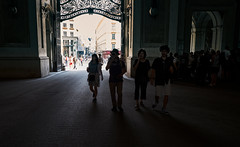 Silhouettes In The Dark - Hofburg (macplatti) Tags: shadows hofburg vienna schatten xt10 xf1855mmf284rlmois wien austria aut