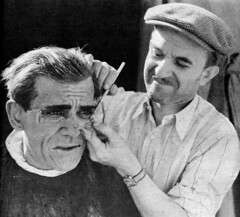 Jack Pierce making up Boris Karloff as Im-Ho-Tep in The Mummy (Tom Simpson) Tags: jackpierce themummy mummy makeup behindthescenes boriskarloff imhotep movie 1930s 1932 makeupartist film