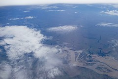 Flying over the rainforest / sobrevuelo selva South America (roli_b) Tags: flying fly flug berflug rainforest regenwald selva sobrevuelo vuelo flight south america southamerica amsterdam lima klm window view vista panorama panoramic foto photo picture luftbild luftaufnahme blick