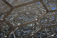 Hexagonal Lattice (raggi di sole) Tags: england kew kewgardens structure architecture thehive pattern metal wolfgangbuttress lattice bees intriguing artwork art hexagon