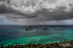 Storm, clouds and rain over Mokulua Islands in Lanikai Hawaii _DSC7286 (The Smoking Camera) Tags: makes mokulua islands hawaii kailua lanikai windward oahu sony rx1r rx1rii clouds rain storm ocean beach shore sky drama weather