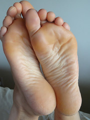 DSC04023 (thermosome) Tags: foot feet soles wrinkled mature