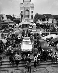 Jum'at (n) : Jama'a, yajma'u, jam'an Mengumpulkan, menghimpun, menyatukan, menjumlahkan, dan menggabungkan. #repost Photo by : @flajaran_ #jumat #jumuahmubarak #moslem #islam #muslim #mosque #kebonjahe #serang #kotaserang #Banten #Indonesia . http://kotas (kotaserang) Tags: ifttt instagram jumat n jamaa yajmau jaman mengumpulkan menghimpun menyatukan menjumlahkan dan menggabungkan repost photo by flajaran jumuahmubarak moslem islam muslim mosque kebonjahe serang kotaserang banten indonesia httpkotaserangcom