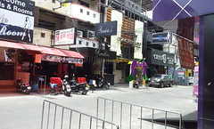 LK Metro Alley (Levana Una Laitman) Tags: thai thailand pattaya chonburi