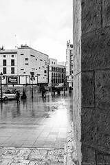Sede VIVA - Valladolid (ruheca | Fotografia de Arquitectura y mucho +) Tags: arquitecturava blanco javierblanco rubenhc viva valladolid arquitectura fotografia rubenhernandezcarretero ruhecacom piedra casco antiguo architecture photography san benito oficinas rubenhc