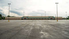 Former Fremont Kmart (Nicholas Eckhart) Tags: america us usa 2016 retail stores fremont ohio oh former closed shuttered vacant abandoned empty kmart superkmart discountstore supercenter hypermarket