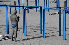 Le Slip (Jean-Luc Lopoldi) Tags: slipdebain paysbasque cutout plage beach man standing bleu piquets sticks sable mer ocean holidays sun stjeandeluz 64