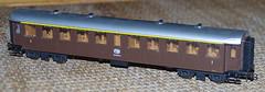 RD13818.  Roco FNM (Ferrovie Nord Milano) 1st & 2nd Class Carriages. (Ron Fisher) Tags: roco fnm modelleisenbahn modelrailway ho hogauge italianrailways ferrovienordmilano