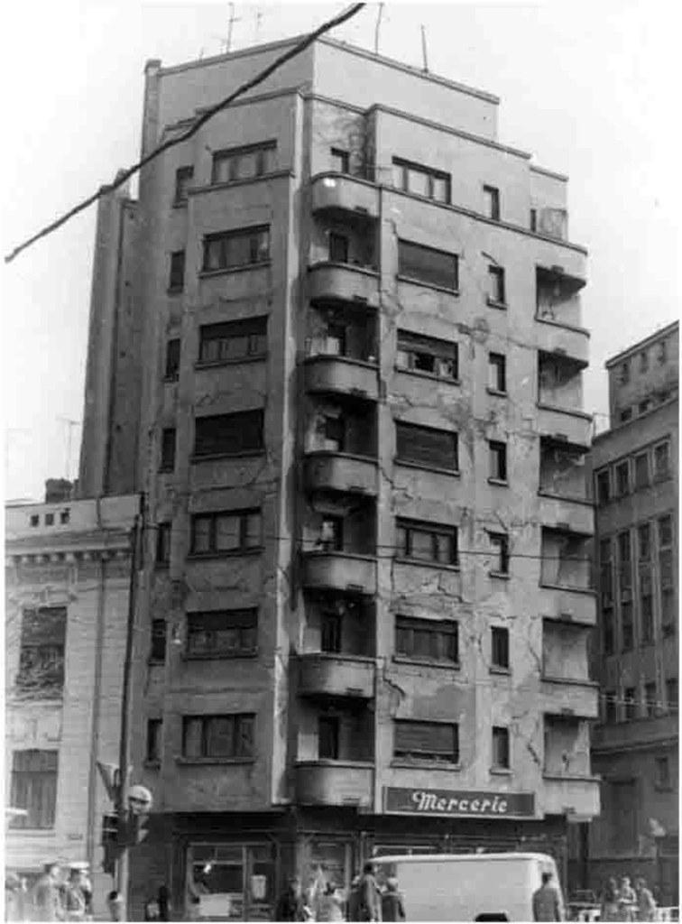 Bloc Mercerie grav afectat la cutremurul din 1977