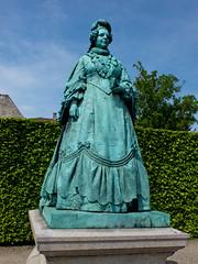 Copenhagen botanical gardens (michaeljohnbutton) Tags: statue copenhagen denmark botanicalgardens
