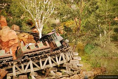 Disneyland - Big Thunder Mountain Railroad (toneijkemans.com) Tags: park wood trip railroad trees vacation mountain holiday motion paris france color tree nature beautiful beauty rock turn train fun mouse island amusement vakantie photo big nikon europe mine foto ride image euro disneyland quality creative picture pic mickey western roller mooi rollercoaster curve walt coaster thunder themepark attraction bigthundermountain vekoma frontierland 135mm creatief afbeelding d40 d40x