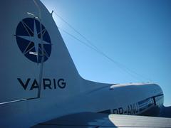 Varig (Gijlmar) Tags: airport airplane varig dc3 avio azul blue bleu blau cu sky brasil brazil brasilien brsil brasile brazili portoalegre  riograndedosul amricadosul amricadelsur southamerica amriquedusud