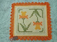 8 (AneloreSMaschke) Tags: tecido xadrez bordado artesanato flores