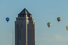 IMG_0646 (brian.abeling) Tags: hotairballoons balloon fly flight desmoines downtown skyline