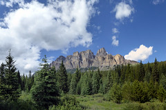 Bow Valley Parkway - Castle Mountain (Kwong Yee Cheng) Tags: alberta banffnp bowvalleyparkway canada castlemountain hugin