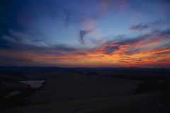 The end of a beautiful day (Antonio Cinotti ) Tags: landscape paesaggio toscana tuscany italy italia siena hills colline campagnatoscana cretesenesi asciano nikond7100 nikon d7100 rollinghills nikon1685 sunset tramonto