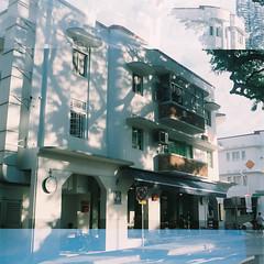 D1000013_lr (chi.ilpleut) Tags: 6x45 120 squareformat fujipro160ns film analogue ilovefilms twinlensreflex singapore august 2016 summertime oldhouse street ethnic neighbourhood outram oldest housing estates outdoor sunlight peacefulness