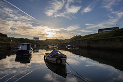 seaton sluice sunrise (Gopostal1) Tags: butterfly cat candy boat water sun tide toy