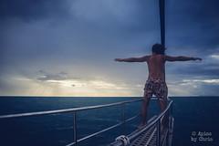 Durch den Sturm (apics_chris) Tags: sonya7 sony kit 2870 storm sturm thailand thai gulf darkness water sea boat boot trip khotao meer ocean ship titanic sun breaks thru thor sturmgott ertrunkenergott
