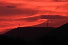 Twilights in Twilight Town (Andreslozadah) Tags: torres alta tension cables atardecer crepusculos nikon nikonp500 barquisimeto venezuela bario union
