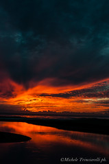 _DSC1010 (. ..::..::::....:::::m.trinciarelli photo::..:..) Tags: mare tramonto cielo spiaggia maredinverno pace