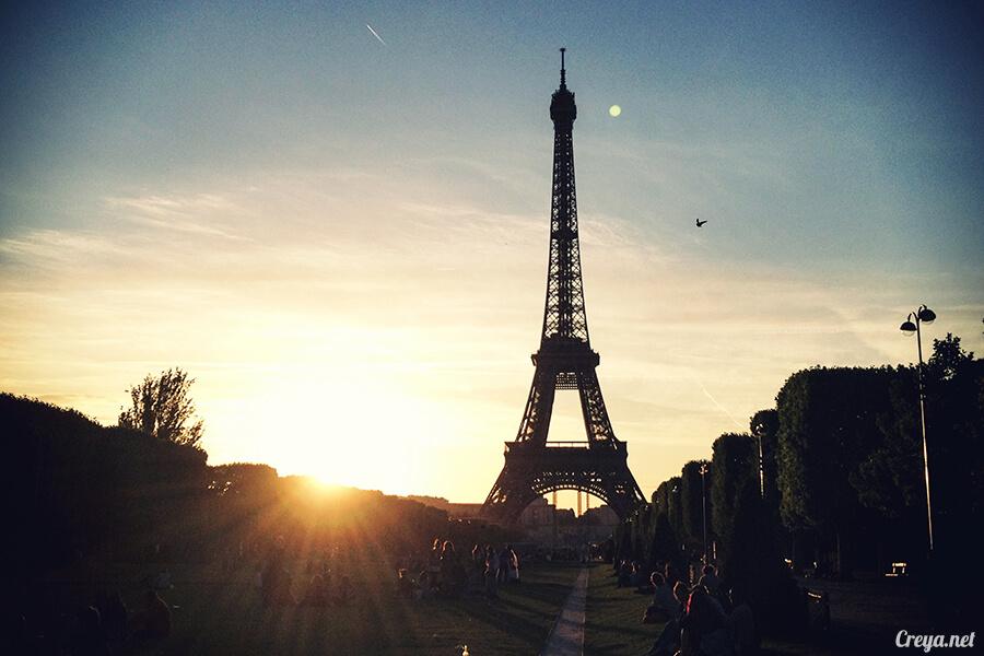 2016.10.09 ▐ 看我的歐行腿▐ 艾菲爾鐵塔,五個視角看法國巴黎市的這仙燈塔 01