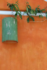 cores da Bahia (jakza - Jaque Zattera) Tags: laranja luminária artesanato decoração parede