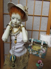 chains -sweet- (tarengil) Tags: abjd bjd asian doll ws white resin dollmore zaoll luv chains love sweet candy suitcase yellow blue