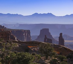 mesa arch, Utah (Debbie Leach 2016) Tags: usnationalparks nationparks canyonlands canyonlandsnationalpark mesaarch utah morning landscape