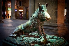 That damn pig (Jim Nix / Nomadic Pursuits) Tags: jimnix nomadicpursuits travel europe italy florence firenze hdr pig boar sculpture bronze landmark market mercatodelporcellino mercatonuovo