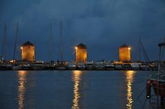 Mandraki Harbour & Windmills by Night (Pedro Costa Ferreira) Tags: rhodes rhodesisland mandraki windmills