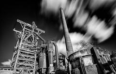 Henrichshtte, Hattingen (U Kersting) Tags: museum stahlwerk germany henrichshuette steelworks langzeitbelichtung longexposure hattingen nikond300s bw schwarzweis