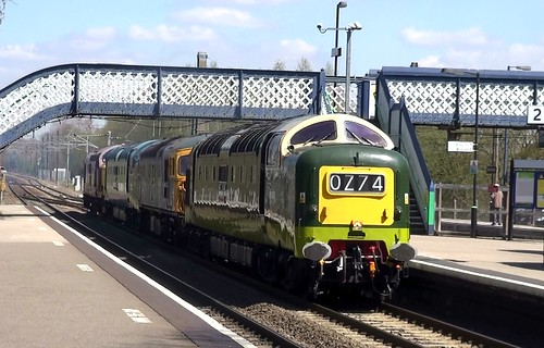 0Z74 Barrow Hill-Lydney junction diesel convoy