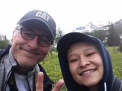 Hiking With Daughter Self (Bracus Triticum) Tags: hiking with daughter self people アルバータ州 alberta canada カナダ 6月 六月 水無月 rokugatsu minazuki monthofwater 2016 平成28年 summer june