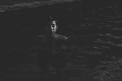Donde tantos duermen (Mishifuelgato) Tags: pisicna dark blanco negro black white tristeza agua ivan ojos cerrados close eyes nikon d40 1855mm moralet san vicente