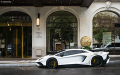 Official Arab car of 2016. (misterokz) Tags: lambo lamborghini aventador sv superveloce supercar exotic arab kuwait prince de galles hotel palace paris carspotting spotting summer 2016 explore automobile car voiture misterokz photography