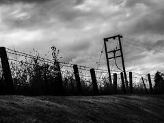 Voyage au bout de l'le #5 (franleru1) Tags: bw backlight ecosse effets landscape nb paysage route scotland streetphotography uk blackandwhite contrejour monochrome noiretblanc road