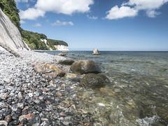 Rocks on the beach (Ludo_Jacobs) Tags: ostsee rgen deutschland germany coast sea nature landscape landschaft europe kste kreidefelsen insel