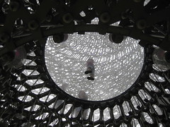 The Hive at Kew Gardens London (streetr's_flickr) Tags: royalbotanicgardensatkew thehive london structure sculpture wolfgangbuttress aluminium lattice honeybees