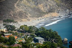 Looking over to Muir Beach (LauraJSwindle) Tags: northernca norcal plantlife foliage westcoast bayarea 2016 flora pacificocean muirbeach people pets landscape waterscape waves sand houses nikond7100 trees homes sandybeach wantagh ny usa california ca muirbeachoverlook