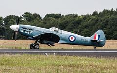 PS915 (Paul.Basque) Tags: ps915 supermarine spitfire prxix spit warbird thelast raf royalairforcebattleofbritainmemorialflight bbm gilze rijen ehgr glz