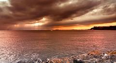 stanbul'da gnbatm (Akustiksamuray) Tags: istanbul fenerbahe kalam trkiye turkey sunset gnbatm sky sea boat trip landscape