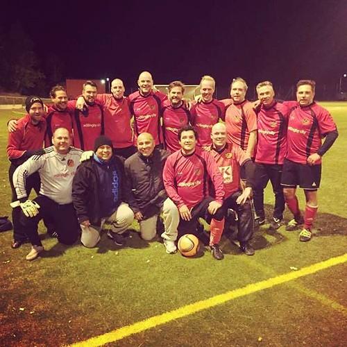 Kul 1-1 match mot Danderyd SK ikväll. Det gjorde vi bra gubbar. Jag avslutar säsongen med att sätta en stänkare i krysset från 30 meter. Får man vara nöjd med... #hskfotboll #hskvets