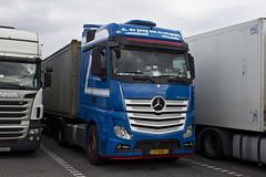 "Mercedes Actros MP4 "" A .de Jong Int.transport "" (NL) (magicv8m) Tags: tir trans transport lkw"