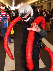 DSC_0045 (Randsom) Tags: nycc 2016 newyorkcomiccon nycomiccon javitscenter october nyc newyorkcity cosplay costume fun comicbooks comicconvention portrait tokyoghoul manga mask vinyl pvc white wig tentacles demon monster creature