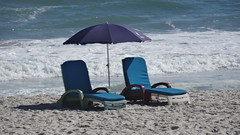 Camps Bay, Cape Town, South Africa - Aug 2016 (Keith.William.Rapley) Tags: rapley keithwilliamrapley august2016 southafrica capetown campsbay beach sea sand parasol beachumbrella sunloungers