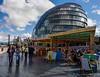 London City Hall (Juakifoto) Tags: granbretaña greatbritain inglaterra london londres reinounido uk england cityhall ayuntamiento hamacas