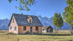 History and Beauty (E.K.111) Tags: grandteton nature nationalpark historicalplaces house architecture outdoors outside hdr canon5dmarkiii lightroom6