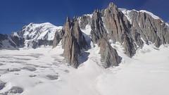 15_Mont-Blanc Panoramic to Helbronnee (Nick Ham100) Tags: chamonix aiguilledumidi utmb